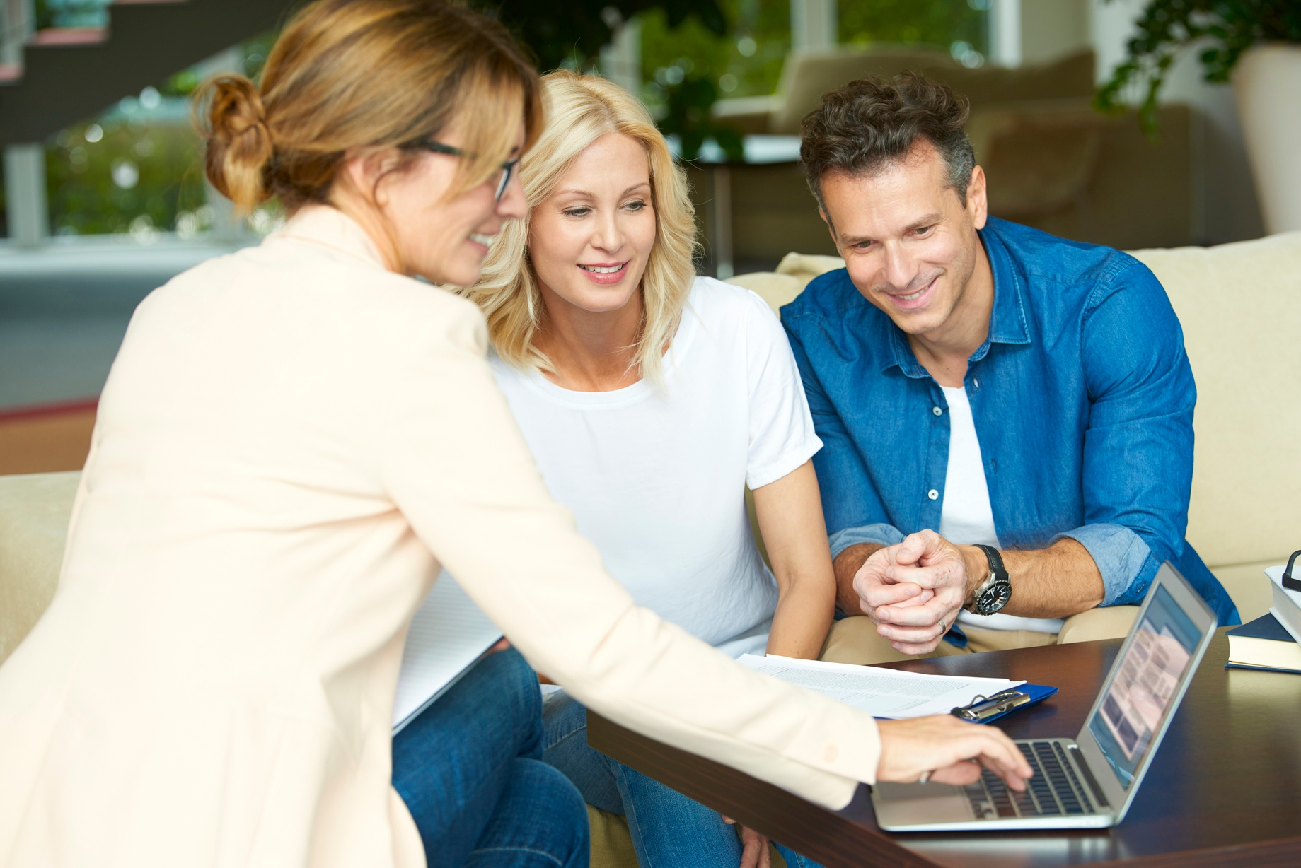 benefits-of-using-a-property-agent-to-value-your-property